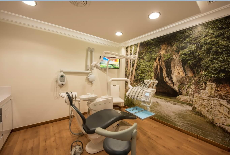 Beim spanischen Zahnarzt - Behandlungszimmer